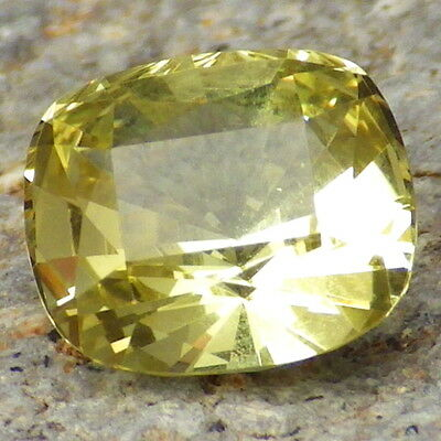 APATITE-MEXICO 2.79Ct FLAWLESS-AMAZING COLOR-FOR HIGH-END JEWELRY-GERMAN CUT!