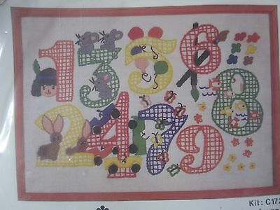 retro 1970s Kappie CREATIVE STITCHERY Kit C172 - NUMBERS preprinted linen, wool