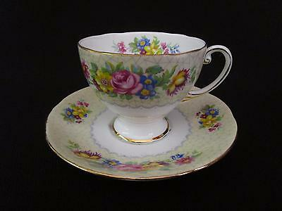 Royal Standard Brussels Lace Tea Cups & Saucers (w)