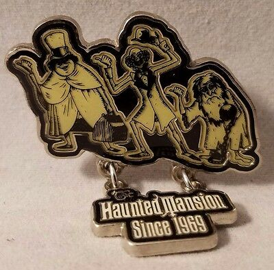 Haunted Mansion Hitchhiking Ghost Disneyland Cast Exclusive Disney Pin