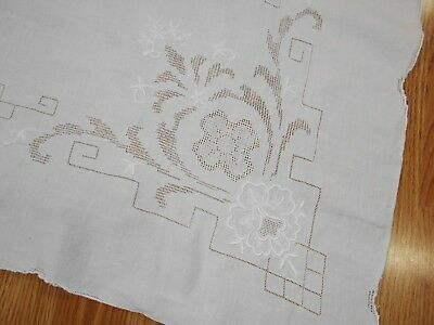 Vintage Antique WHITE LINEN EMBROIDERED FLOWER DRAWN THREAD Tablecloth 102X69