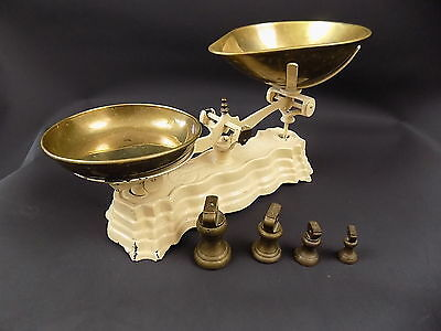 VINTAGE Libra Scales Co cast Iron Scales with 4 brass weights shabby chic
