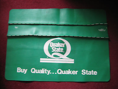 """QUAKER STATE OIL ADVERTISING FENDER COVER MADE IN U.S.A. 34 1/2 X 25"""" Rubber"""