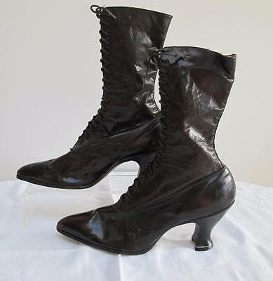 ANTIQUE VICTORIAN BROWN LEATHER LADIES ANKLE LACE UP BOOTS SHOES - c1890