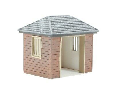 Hornby OO Scale R9800 Bus Shelter