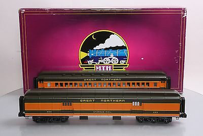 MTH 20-44011 O Great Northern 70' Madison Baggage/Coach