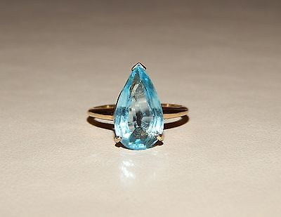 Gorgeous 14k Solid Yellow Gold LARGE Pear Cut Aquamarine Ladies Ring - Size 8.75