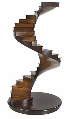 G587: Architecture model a spiral staircase so-called Hollow stair with