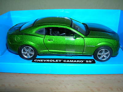 NewRay Chevrolet Camaro SS metallic green 1:32 Model railway 1 gauge