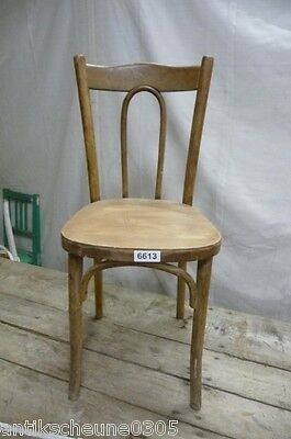 6613. Alter Bugholz Stuhl Old wooden chair