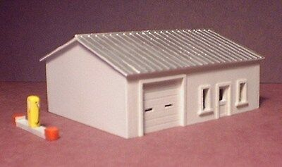 MAINTENANCE BUILDING - N-109 - N Scale by Randy Brown