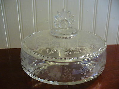 Vintage Round Covered 3 Section Etched Glass Dish