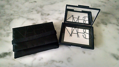 Poudre NARS Light Reflecting Setting Powder, illuminatrice compacte, neuve!