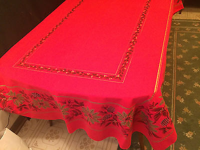 Christmas Tablecloth Red and Gold 64 x 47 Rectangular