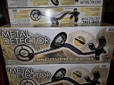 Bounty Hunter Discovery 2200 Metal Detector w/ PinPointer Included NEW
