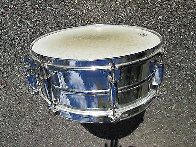 """Vintage PEARL 14""""  MIRROR CHROME STEEL SHELL Snare Drum  !   Good CONDITION"""