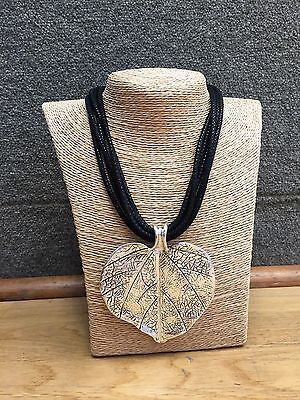 New Lagenlook Silver Large Heart Leaf Pendant Multi Black Quirky Necklace