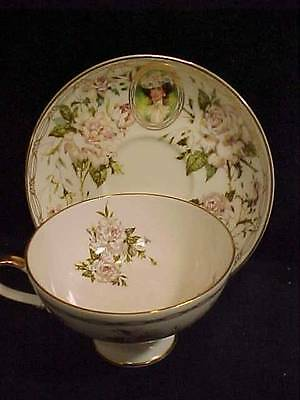 1992 AVON HONOR SOCIETY CUP & SAUCER with Roses