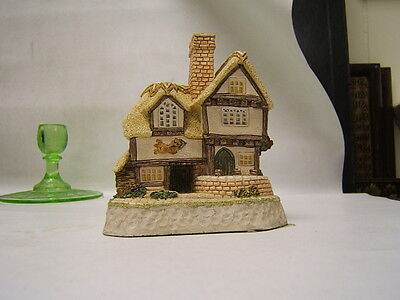 "MIB David Winter Cottages ""The 'Cat and Pipe' Inn"" 1993 COA made in Britain"