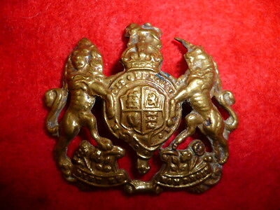 The General Service Corps WW2 (Royal Coat of Arms) Cap Badge