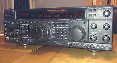 Yaesu FT1000MP in very good condition, with additional filters