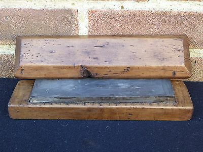 """Vintage 8 1/4"""" Oil Stone Sharpening Honing Stone In Wooden Box Old Tool"""
