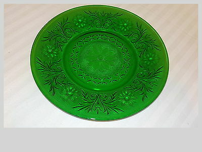 Anchor Hocking Forest Green Sandwich Glass 9 Inch Plate