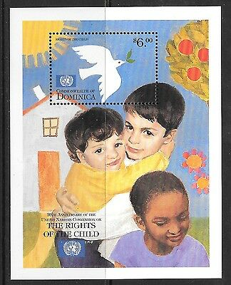 Dominica Sgms2653 1999 Rignt Of The Child  Mnh