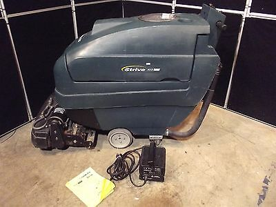 "Tennant Nobles Strive 20"" Carpet Extractor~206.7 Hours~Batteries/Charger  S2668"