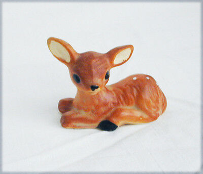Victoria Ceramics deer fawn baby figurine small with sticker