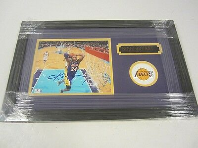 Kobe Bryant Los Angeles Lakers Hand Signed Autographed Framed Matted 8x10 Photo