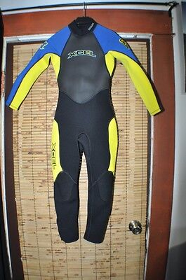 Excell Hawaii  3/2MM  Wet Suit Juniors Teen Size Juniors 8  Used