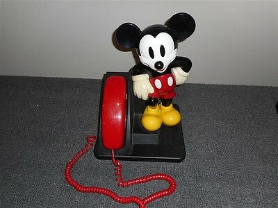 Cool 1990 Walt Disney Mickey Mouse Corded Phone