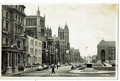 Post Card Real Photo Queen Victoria Statue And Bristol Cathedral