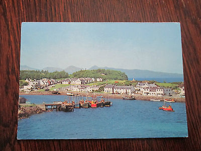 "Vintage Colour Postcard , "" Kyleakin, Isle Of Skye """