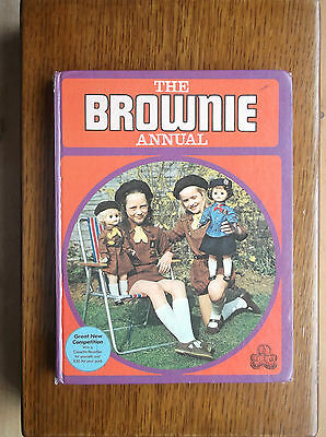 The Brownie Annual 1973 Scunthorpe Puppet Pack Portsmouth Packs Collier Row Pack