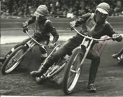 RONNIE MOORE (2 time World Champion), b/w action photo, ORIGINALLY SIGNED!