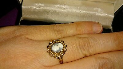 Vintage 9ct Gold Cameo Ring  size O