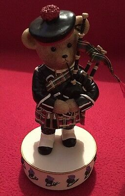 Faithfull fuzzies musical ornament - Hamish - Scottish Traditional Costume