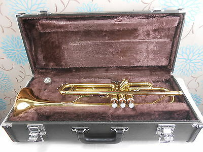 Yamaha Trumpet Model Ytr2335 Gold Lacquer Made In Japan Inc Hard Case