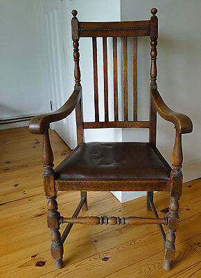 Antique oak carver armchair / desk chair / arm chair