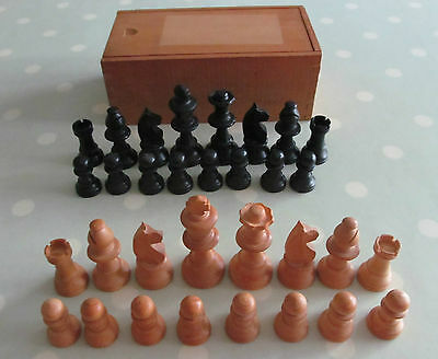 VINTAGE WOODEN CHESS SET KING 70mm BOXWOOD ?