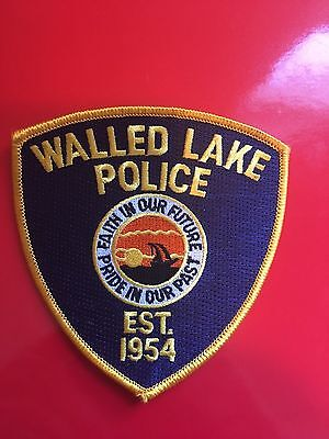 Walled Lake Mighigan  Police  Shoulder Patch