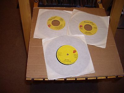 The Rolling Stones..3 Records.45Rpm..start Me Up/fool To Cry.(Us & Uk)