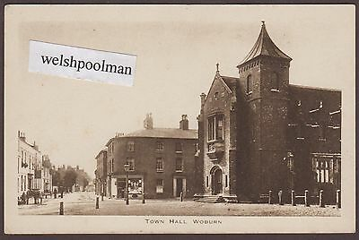 Antique shops And Town Hall Woburn Bedfordshire Postcard