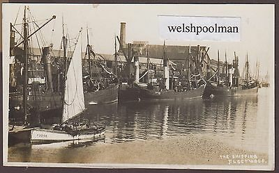 Lovely Antique Fishing Trawlers In The Harbour Fleetwood Yorkshire Postcard