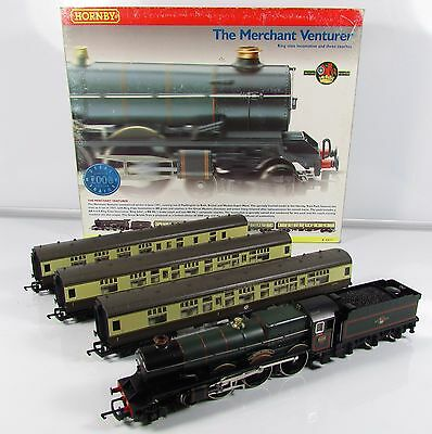 OO Gauge Hornby R2077 The Merchant Venturer Train Pack King John Loco + 3x Coach