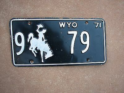 """Wyoming 1971  Bucking Bronco License Plate  """" 9  79 """"   Low No. Wy 71  Wy"""