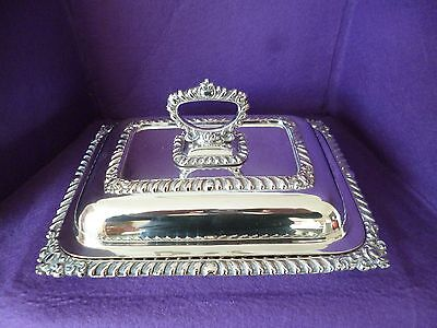 New Listing - A Fabulous Vintage Silver Plated Entree Serving Tureen