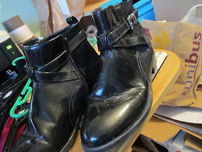 Ladies Black Patent Ankle Boots Zip  Up Size 5 Exc Cond Flat Winter